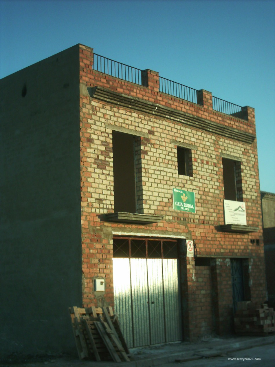 Construcci n de promoci n unifamiliar servycon21 for Servicio tecnico jane sevilla calle feria